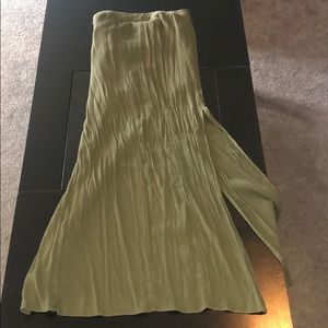 American Eagle olive maxi skirt with slits